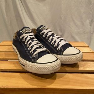Converse All Star Low Canvas Sneakers M 8.5-W 10.5